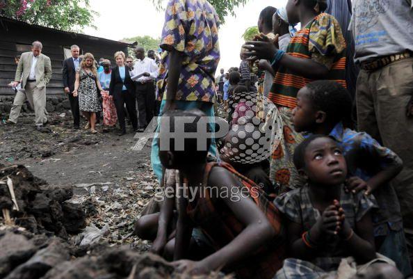 Secretary Clinton tours IDP camp, Goma, Congo Aug. 11th, 2009