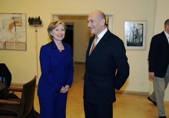 US-Secretary-of-State-Clinton-visits-Israel